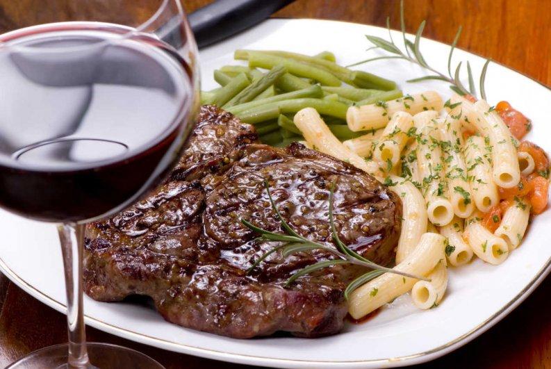 vinos-para-acompanar-carne-asada-1